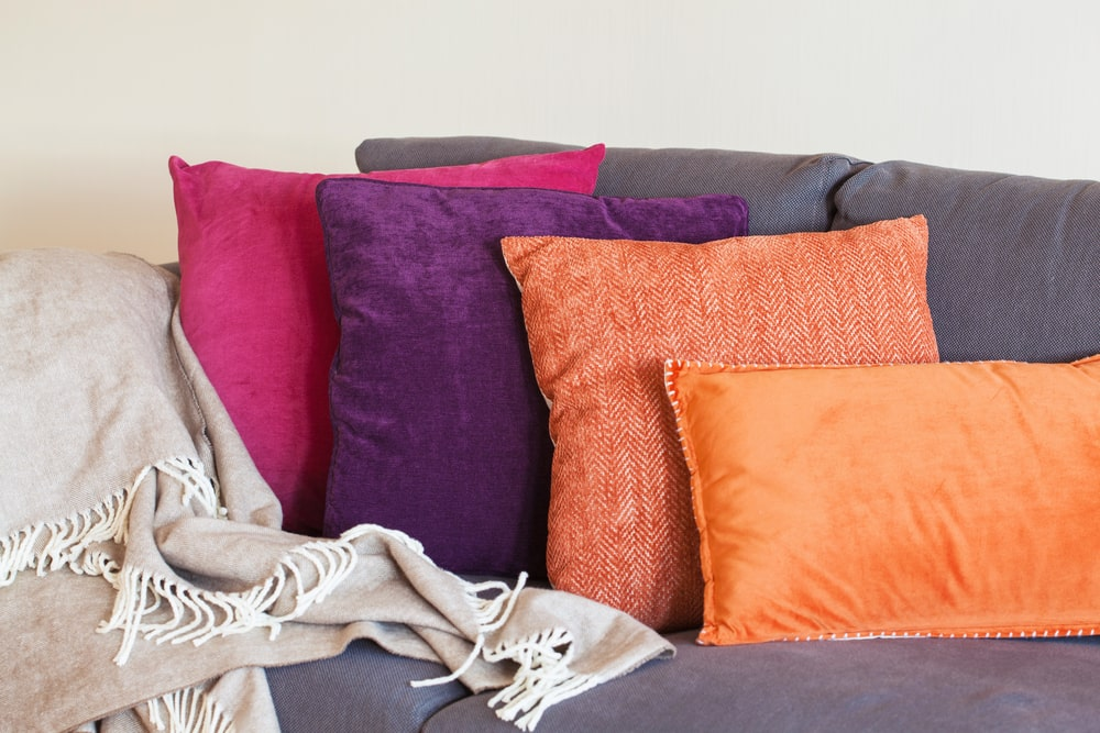 how to wash a throw pillow